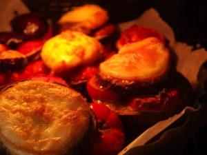 Millefeuille d'aubergine et tomate gratiné