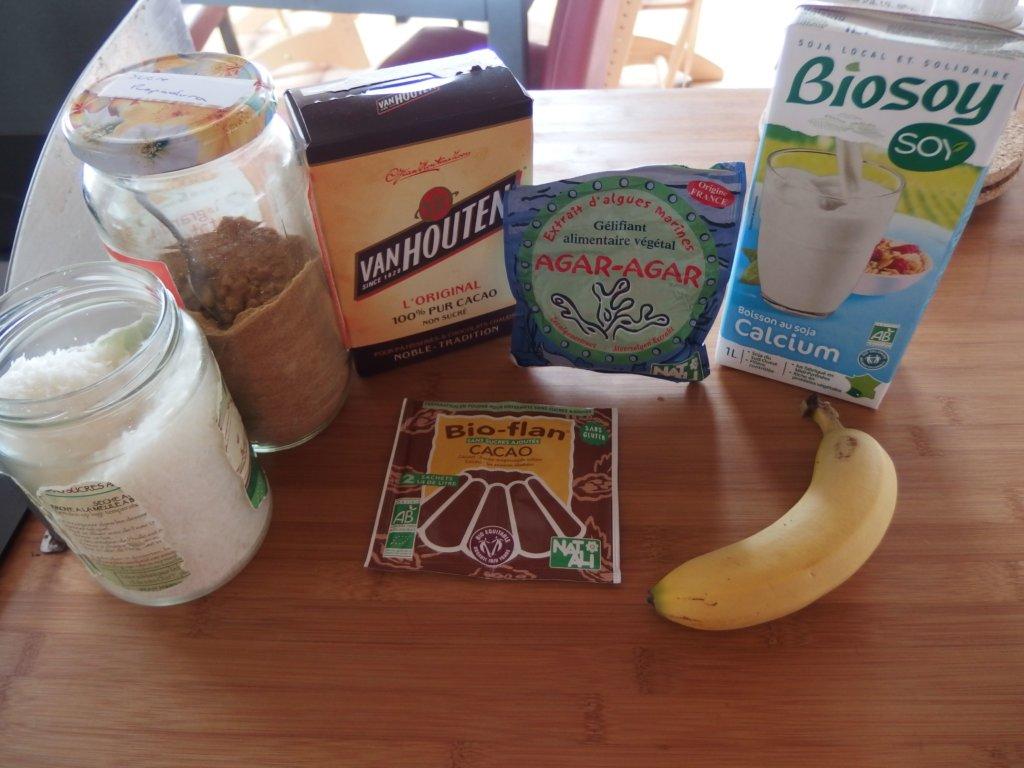 Ingrédients pour flan exotique au cacao