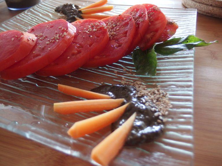 Sauce noire au miso et sésame noir