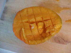 Comment couper une mangue facilement