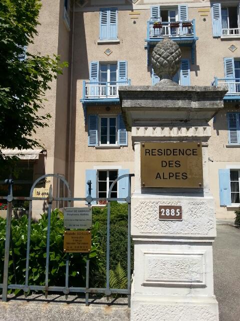 Plaque pro hôtel les Alpes Uriage