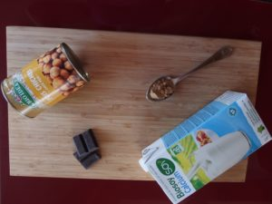 Ingredients Mousse chocolat jus pois chiche.jpg